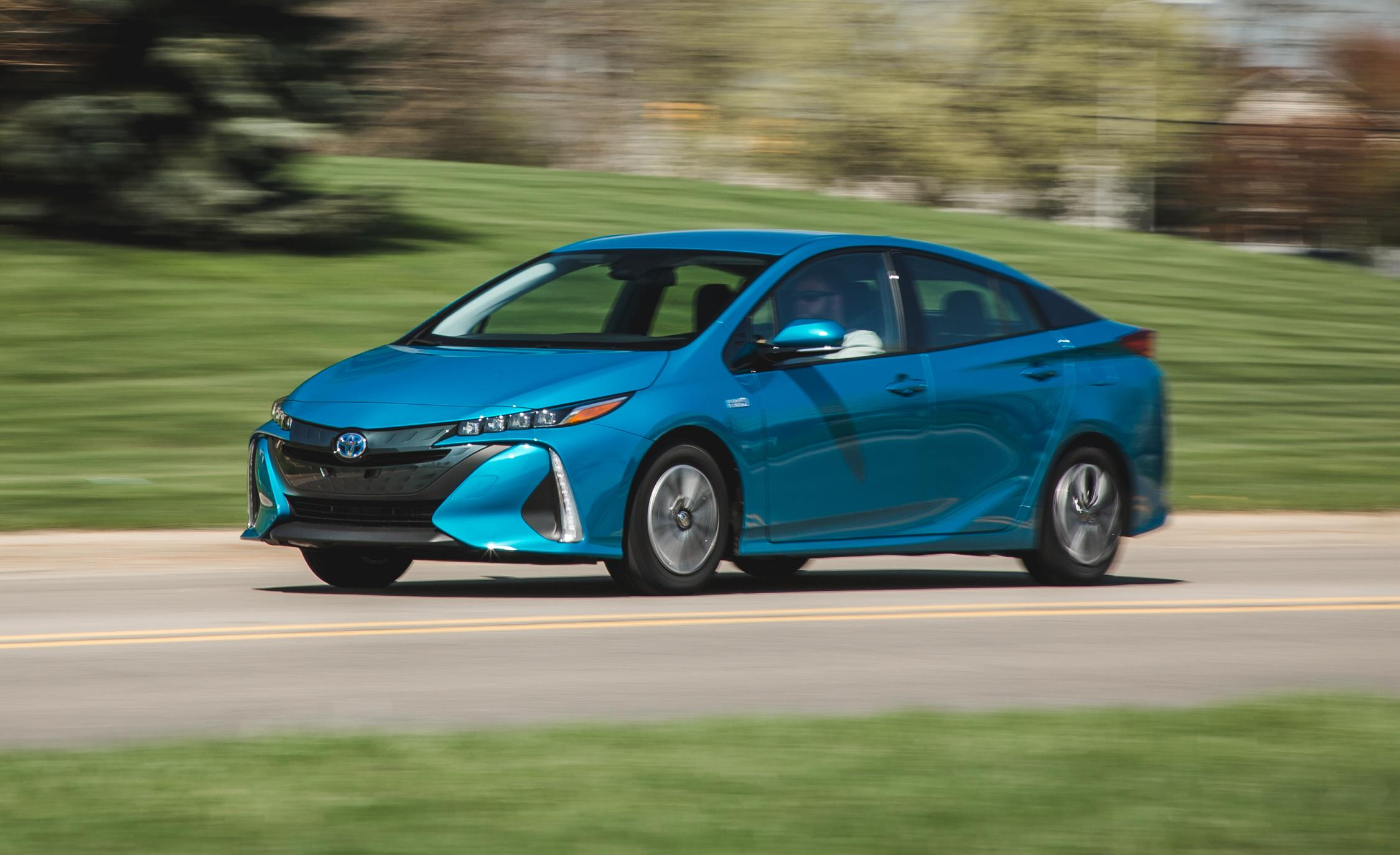 2017 toyota prius prime plug in hybrid. Black Bedroom Furniture Sets. Home Design Ideas