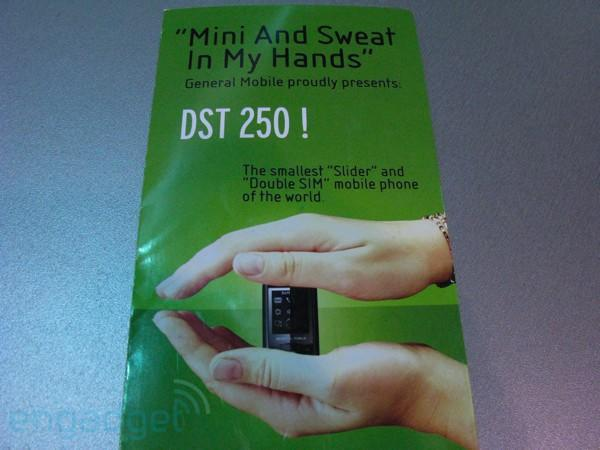 """General Mobile: """"Mini And Sweat In My Hands"""""""