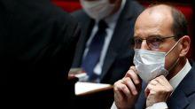 Coronavirus: L'obligation du masque à l'extérieur s'étend, Castex appelle à la vigilance