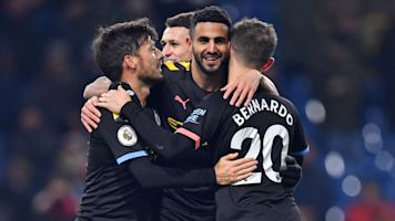 Man. City puts on dazzling show in 4-goal rout