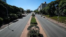 Españoles vuelan a casa tras ver alterada su estancia en Uruguay por el COVID-19