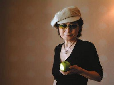 The Beatles finally coming to iTunes, according to Yoko Ono (update: EMI says not tomorrow)