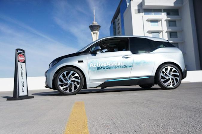 BMW's autonomous i3 learned how to park and forgot how to crash
