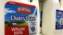 Biggest U.S. milk producer goes bankrupt
