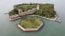 鬼城系列:意大利以人類骨灰作為泥土的小島