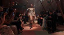 """Dior presenta una colección """"cápsula"""" en su primer desfile en Dubai"""