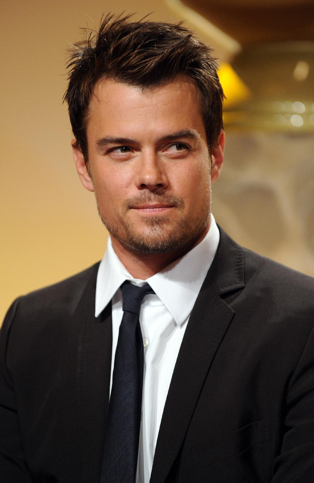 Josh Duhamel returning... Josh Duhamel