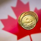 Canadian dollar gains as stimulus hopes boost global equity markets