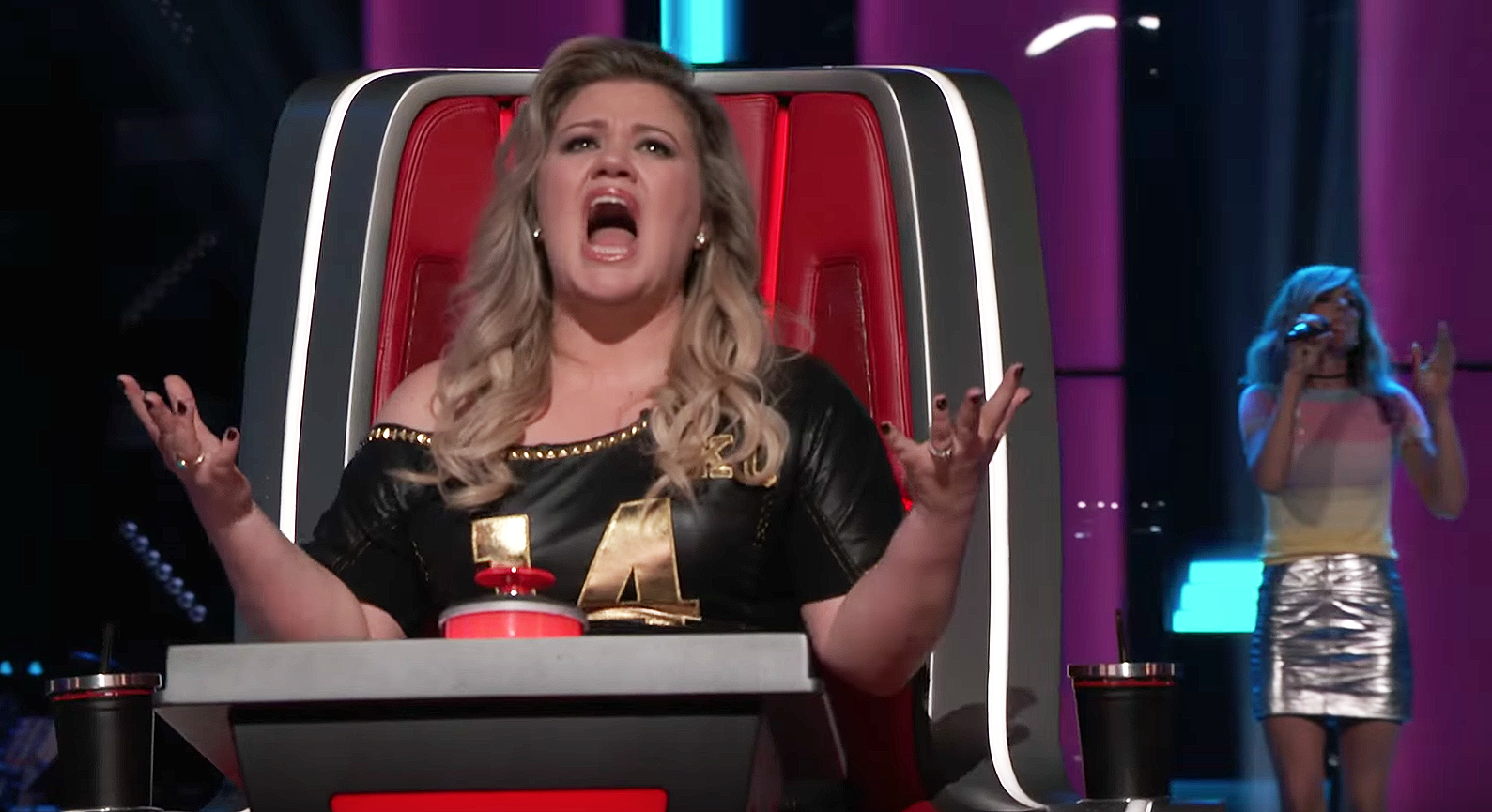 Kelly Clarkson Opens Up About Her Decision to Spank Her Two Kids Kelly Clarkson Opens Up About Her Decision to Spank Her Two Kids new photo