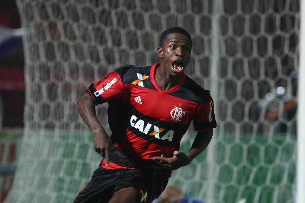 Jornais: Barcelona e Real Madrid disputam promessa brasileira do Flamengo
