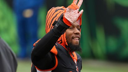 Bengals trade unhappy Dunlap after Twitter fit