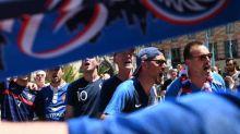 Foot - WTF - Six supporters français se rendent à Bucarest alors que les Bleus jouaient... à Budapest