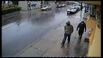 Two sought in Juniata Park mini mart robbery