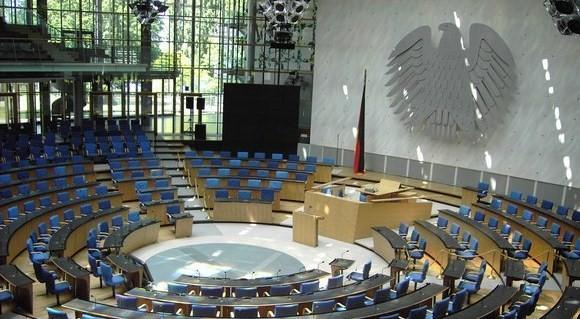 Petition helps repeal violent game ban in Germany