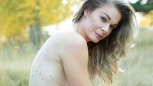 LeAnn Rimes Proudly Shares Nude Photos After Her Psoriasis Returns