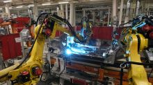 German flash manufacturing PMI slumps to seven-year low
