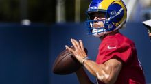 Quarterback Matthew Stafford injures thumb, but Rams not sharing status yet