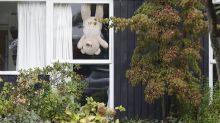 Belgien: Mit Teddybären gegen die Isolation