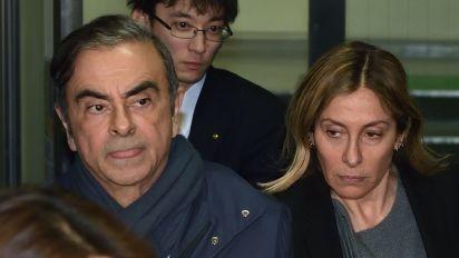 La femme de Carlos Ghosn interpelle Emmanuel Macron
