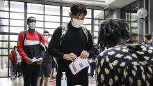 Coronavirus : des médecins appellent dans une tribune à durcir le protocole sanitaire dans les écoles