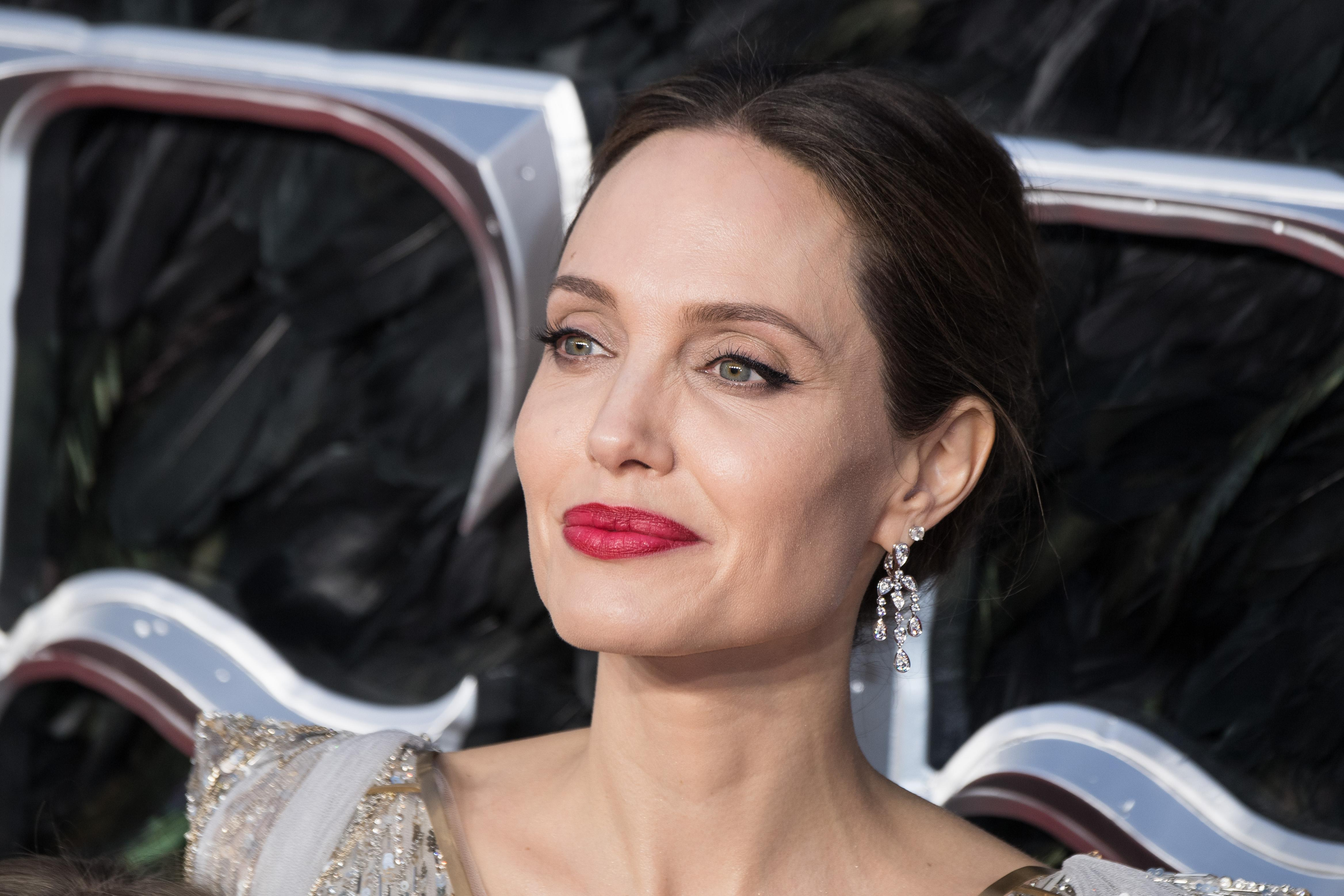 Angelina Jolie Real Nude Pics angelina jolie poses naked on magazine cover, talks 'visible