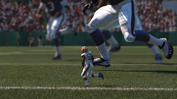 Eddie Lacy is tough to bring down in Madden 15, making him a fun running back to control.