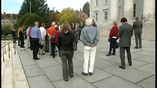 Vt. mayors pledge support for incumbent