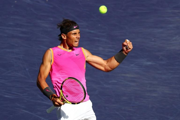238d69dff5a Rafael Nadal comemora depois de vencer o primeiro set contra o russo Karen  Khachanov nas quartas de final do masters 1000 de Indian Wells