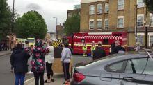 Colapso de grúa en Londres deja un muerto