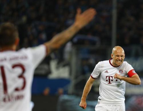Le Bayern tombe, Dortmund se réveille