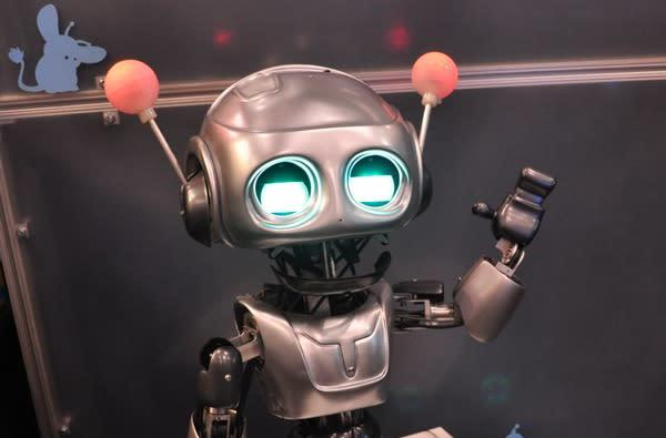 Quasi robot melts hearts at Toy Fair, Interbots promises toy version soon