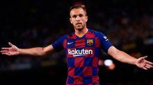 A caminho da Juventus, Arthur se despede do Barcelona: 'Obrigado por tudo'