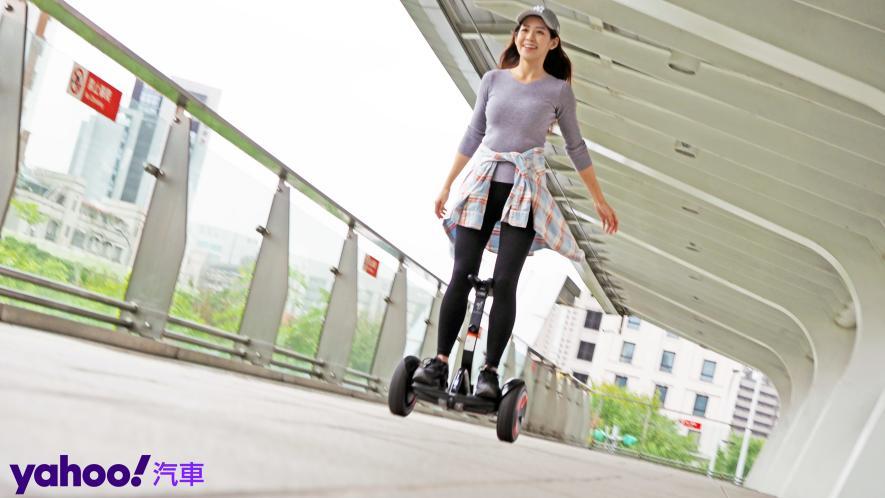 最從容帥氣的移動生活新指標!Segway Ninebot S PRO開箱實測! - 1