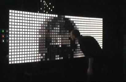 Philips' OLED wall makes its video debut