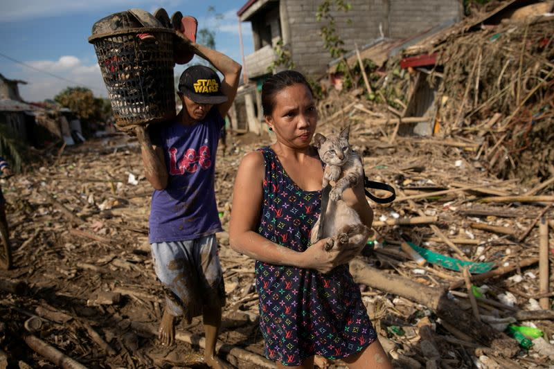 Philippines' Typhoon Vamco Deaths Rise as Worst Floods in 45 Years Hit North