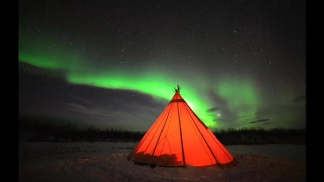 Solar flares bring lightshows to Lapland