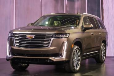 搭載業界首創曲面OLED螢幕!Cadillac全新第五代旗艦休旅Escalade亮相