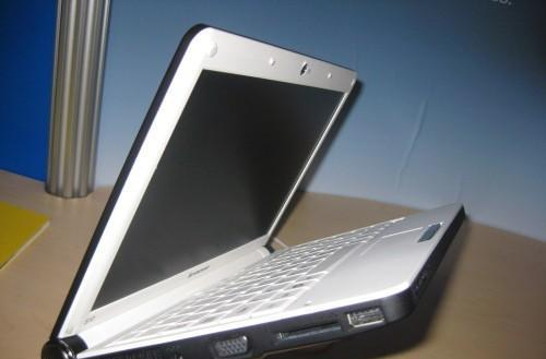 """Lenovo's IdeaPad S10 with X4500 graphics dubbed """"Wind and Eee PC killer"""""""