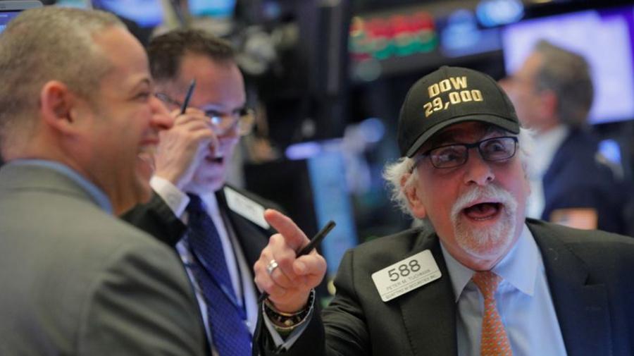 Wall Street sube a máximo histórico en su mejor semana desde agosto