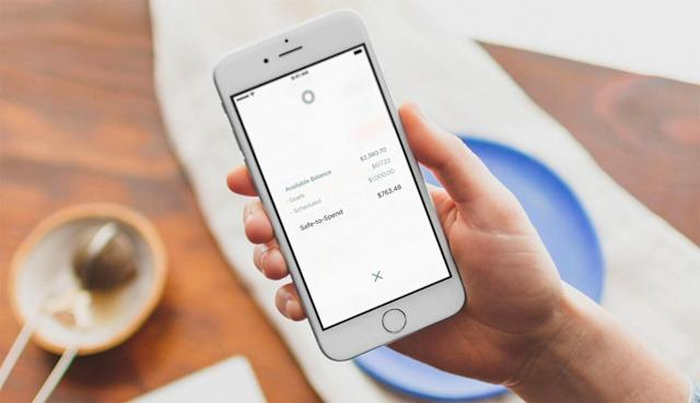 What to keep in mind before switching to a mobile-first bank