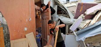Israeli airstrikes destroy building that housed media
