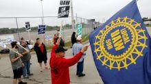 Unos 50.000 empleados de GM fueron a la huelga en EEUU