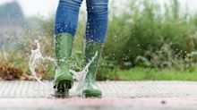 These affordable $37 rain boots are the perfect alternative to $160 Hunter Chelsea boots