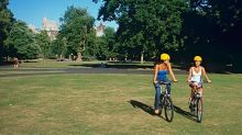 Biking in Britain: 2-Wheeled Travel in Cities and Countryside