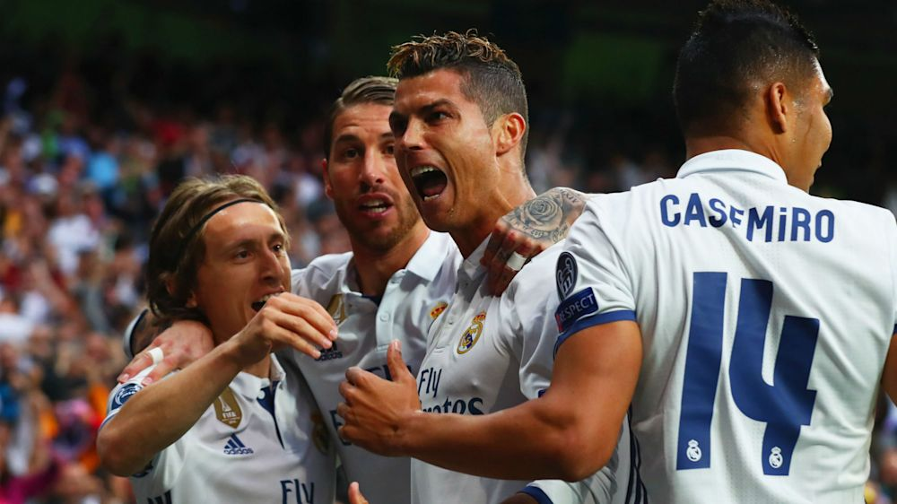 Cristiano Ronaldo wird von Real Madrid für 400 Tore geehrt
