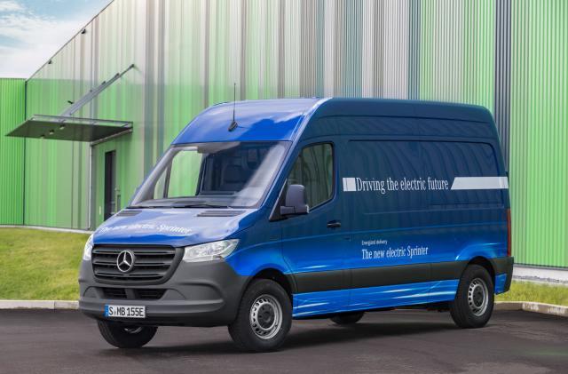 Mercedes will build an electric version of its popular Sprinter van