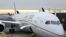 United Airlines dished out $10,000 each to 9 passengers who were forced to downgrade from business class to 'Premium Plus'