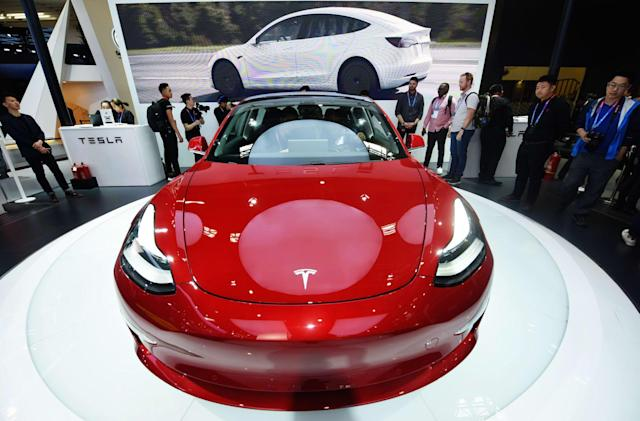 Tesla explains Track Mode on the Model 3 Performance