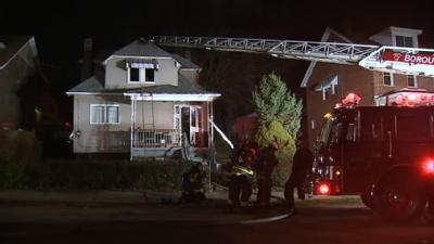 2 Adults, 5 Children Escape Early-Morning Fire