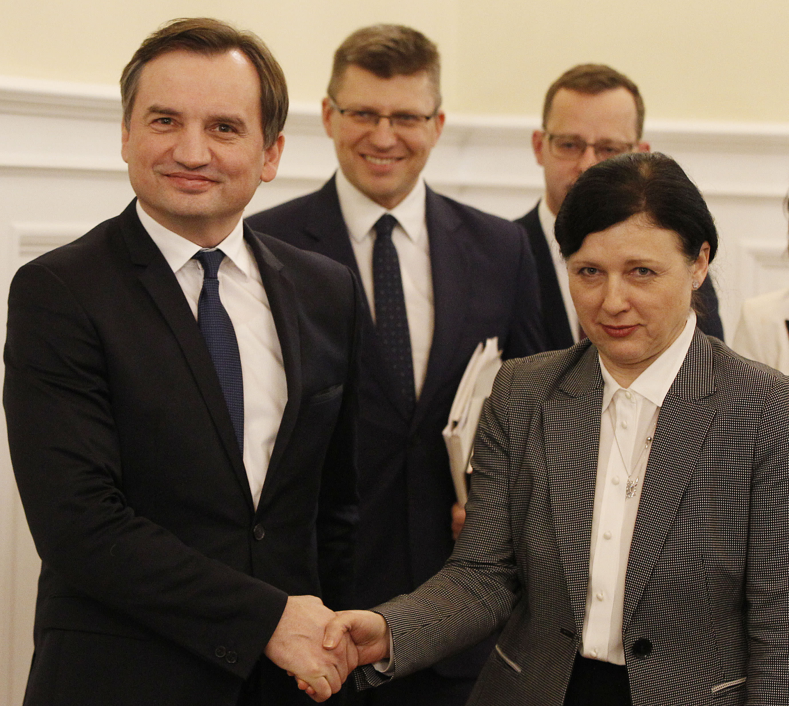 Polish minister wants talks to end ruling coalition crisis